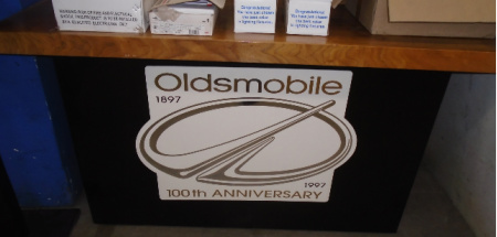 OLDSMOBILE COUNTER