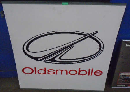 OLDSMOBILE LOGO SIGN