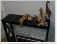 GIRAFFES SOFA TABLE