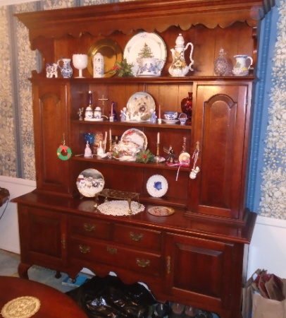 GENERAL INTERIORS CHINA HUTCH