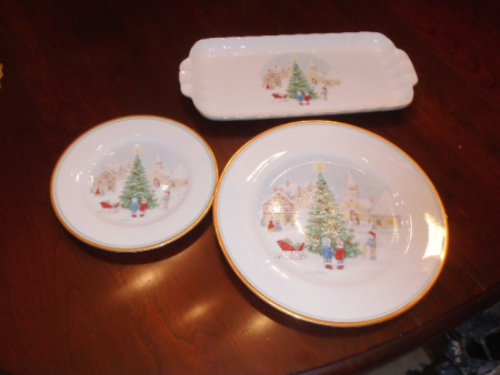 MIKASA CHRISTMAS CHINA SET